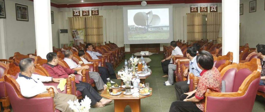 Kehadiran rombongan disambut oleh Bp. Imam Prawoto (Ketua Yayasan Pesantren Indonesia)