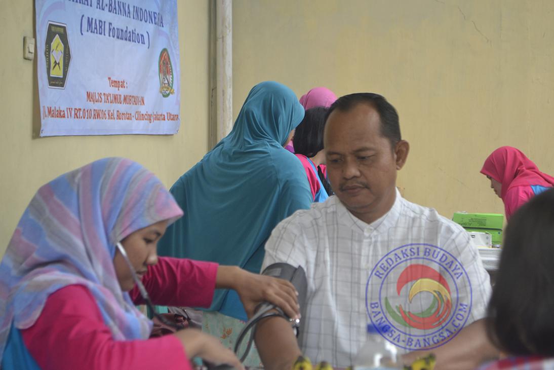 Layanan Pengobatan Gratis Oleh Yayasan Mufakat Al-Banna Indonesia
