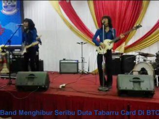 T'Koes Band Menghibur Seribu Duta Tabarru Card Di BTC Bekasi
