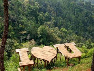 Wisata Alam Watu Layah