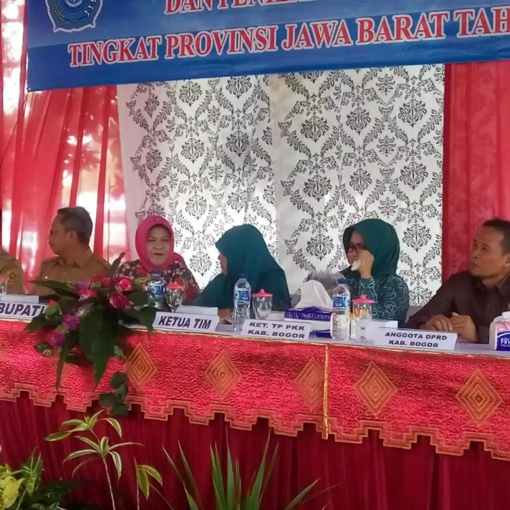 Bupati Bogor & Team Monev mengunjungi Desa Raga Jaya Bojong Image 2017-09-26 at 20.09.59