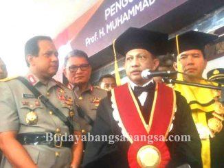 Kapolri Jenderal Tito Karnavian Dikukuhkan Sebagai Guru Besar Image 2017-10-26 at 13.55.11(1)