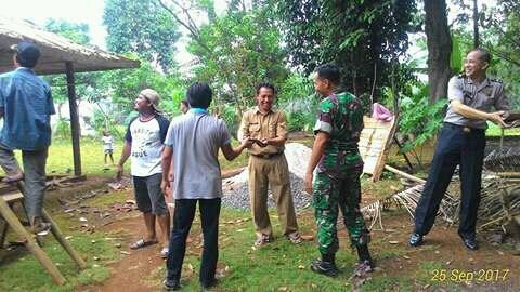 Program Rutilahu Desa Pengasinan Kec. Gunung Sindur Tahap I Telah Dilaksanakan Image 2017-10-04 at 07.57.36