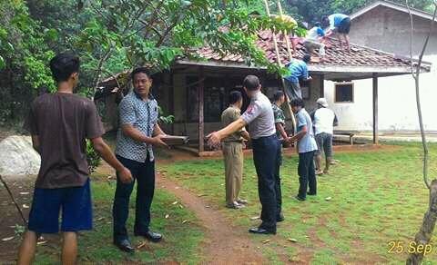 Program Rutilahu Desa Pengasinan Kec. Gunung Sindur Tahap I Telah Dilaksanakan Image 2017-10-04 at 07.57.38