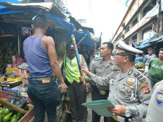 Kapolres Bogor laksanakan sidak Pasar, Jelang Natal dan Tahun Baru 2018 Imeg-20171220-WA0002