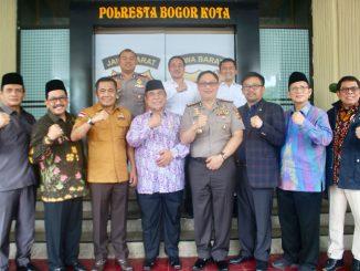 Mahkamah  Kehormatan Dewan (MKD) DPR RI melakukan kunjungan kerja ke Mapolresta Bogor Kota pagi tadi 29/01/18. dalam rangka Sosialisasi Produk Hukum dan perundang-undangan DPR RI dalam lingkup tugas Polri. Image 2018-01-30 at 20.01.07(1)