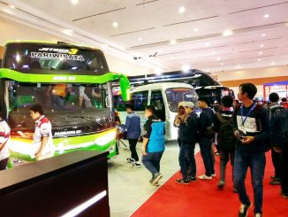 PT Mobil Aanak Bangsa Luncurkan Bus Berbahan Bakar Listrik Di JCC Jakarta.