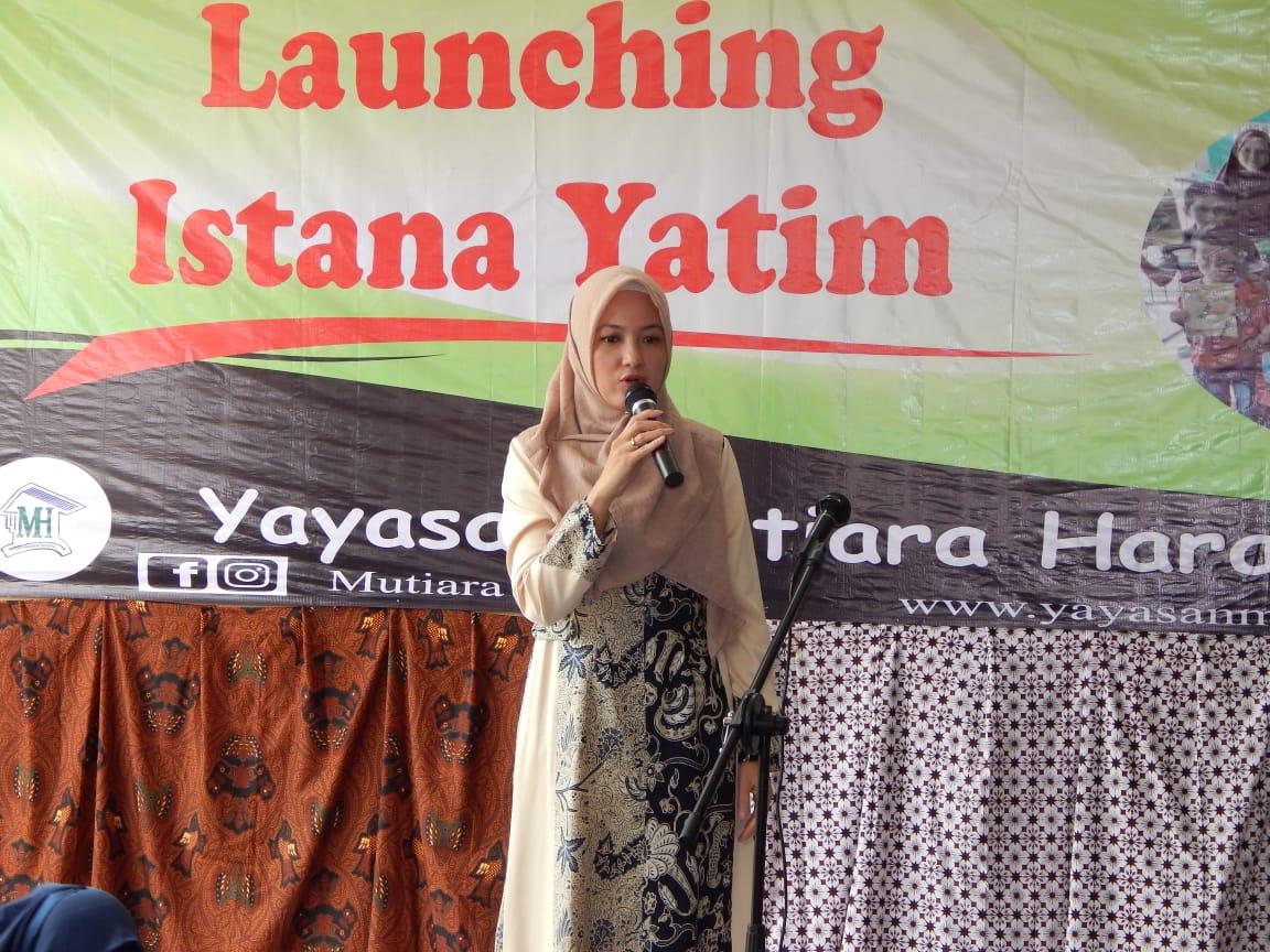 Caleg DPR Partai Golkar Dr Siti Aisyah Akhmad zurfaih ,S.SOS., M.SI