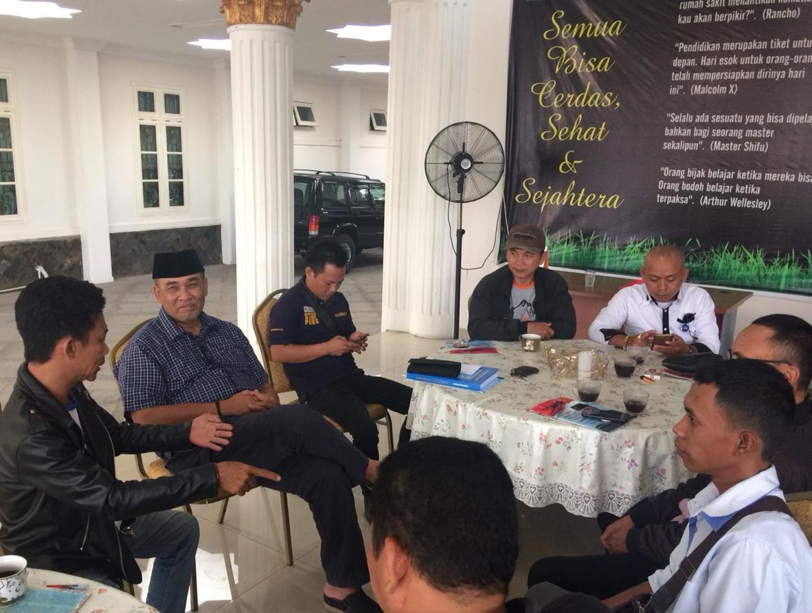 Anggota MPR RI Daerah Pemilihan Provinsi Lampung Dr H Andi Surya mengapresiasi FPII Image 2019-02-18 at 06.43.58