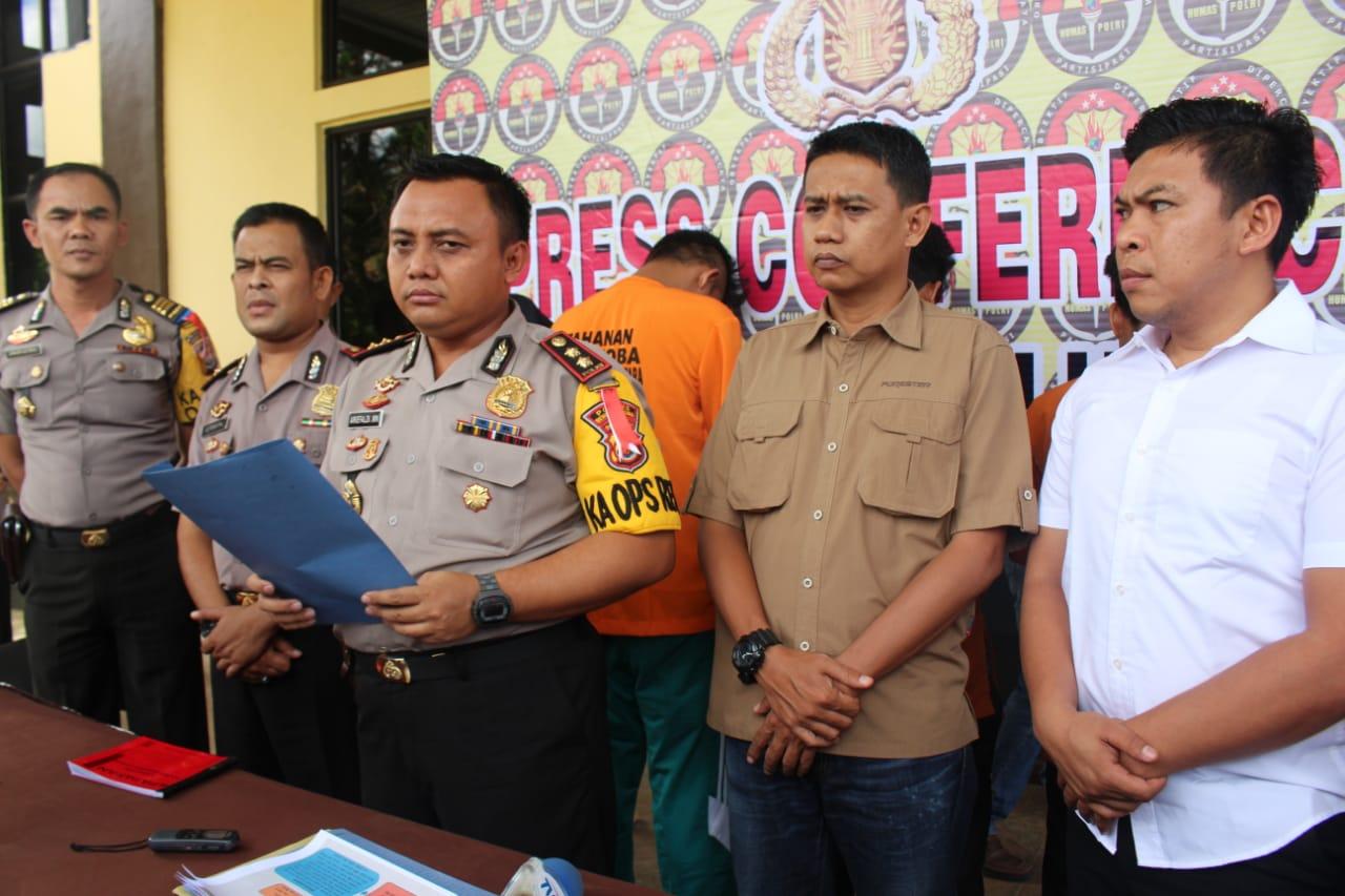 Konsumsi Narkoba Sepasang Kekasih Ditangkap Oleh Polres Bengkulu Utara Image 2019-02-09 at 17.00.42
