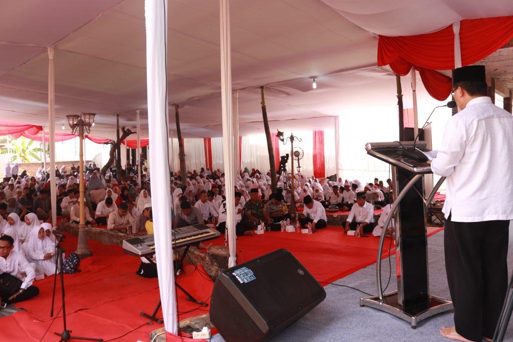 Istighosah dan doa bersama 400 lebih anak-anak yatim dan dhuafa Yayasan Rahmatan Lil-Alamin Jakarta Timur (foto/ht)