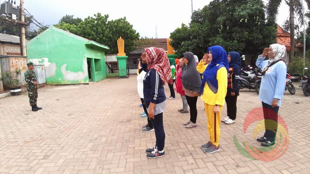 Markas Koramil 04 Jatiasih Latih Peserta Olahraga Kebugaran Kaki.24
