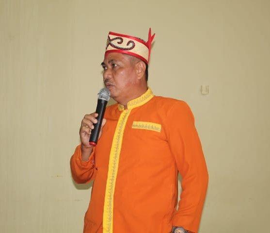 Dewi Dowes Ahad misalnya, Wakil Ketua Majlis Daerah Agama Hindu Kaharingan Kabupaten Kotim (foto:Sutarno/Berantas)
