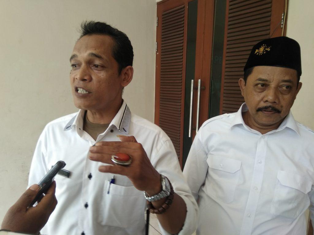 Sekjen Pokdarkamtibmas Asmawi (kiri) menyatakan kesiapan membangun Pokdarkamtibmas lebih baik ke depannya.