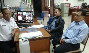 Foto pertemuan Pengurus Yayasan Rahmatan Lil-Alamin Dengan Humas Dinsos