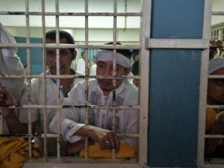 Ustadz Jaelani, SPd.I Bin H. Gozali Nawawi di ruang tahanan Pengadilan Negeri Jakarta Timur