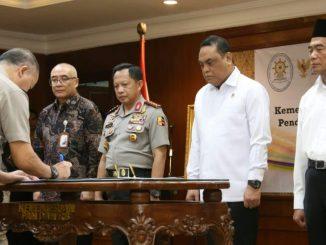 Penandatanganan MOU Antara Kemenpan RB Kemendikbud Polri Dan BKN dihadiri Kapolri