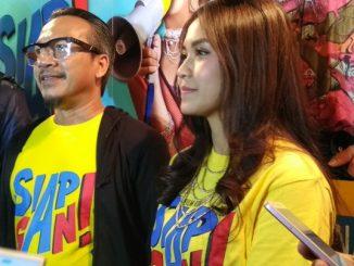 """Ody C Harahap (kiri) Sutradara Film """"Siap Gan"""" bersama Rini Mentari pemeran Utama di Jakarta Kamis (6/9/2018)"""