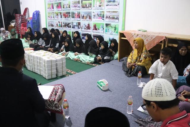 Sosialisasi hukum kepada anak-anak yatim dan dhuafa, Jakarta, Jumat (21/6)