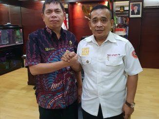 Ketua Umum BPI KPNPA RI , TB Rahmad Sukendar Sos, SH (kanan). Foto/sas
